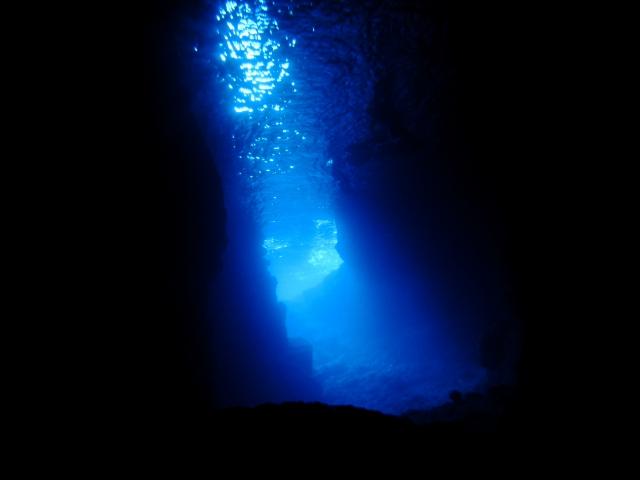 青の洞窟 気泡