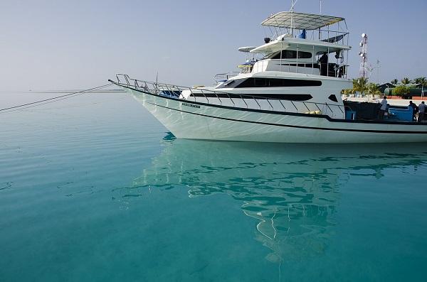モルディブの高速船