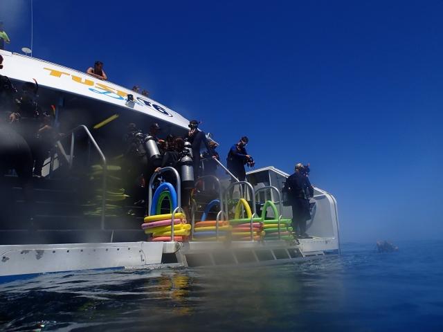 サムイ島でのダイビング船