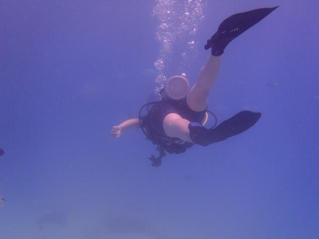 海の底へ向けて潜行